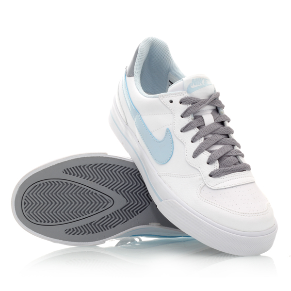 nike casual shoes for women