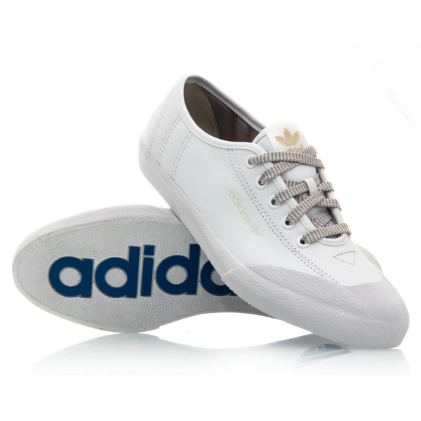 33 adidas leisure womens casual shoes white