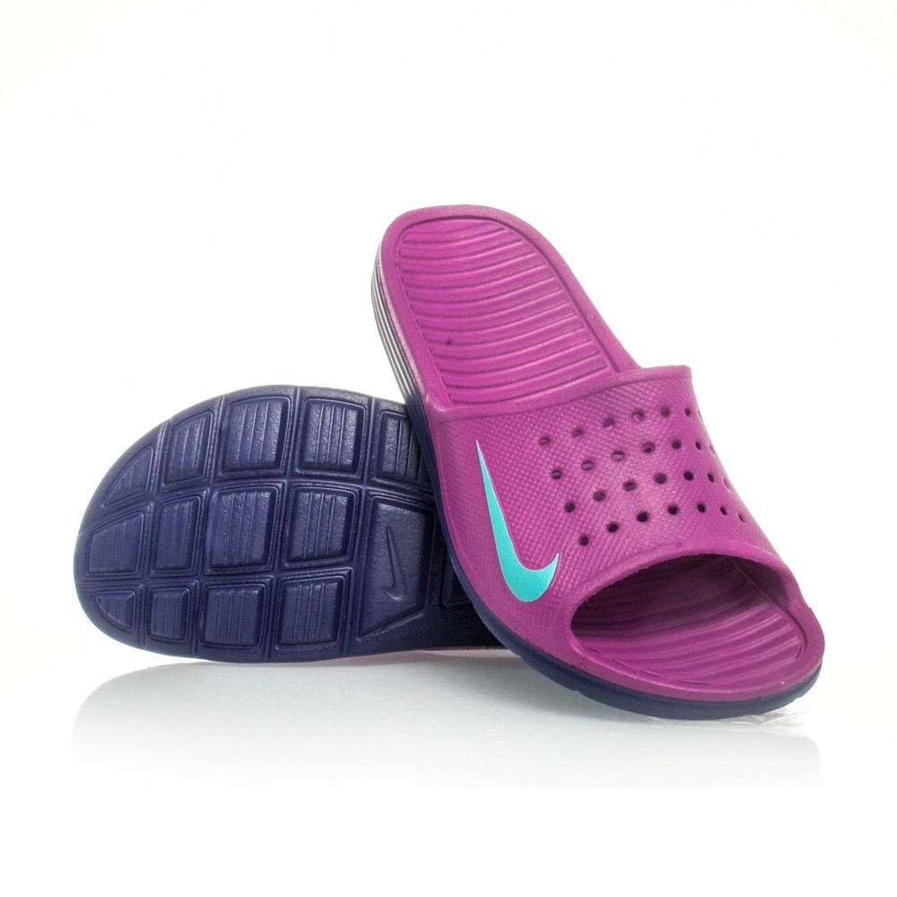Model Nike Womens Benassi JDI Slide